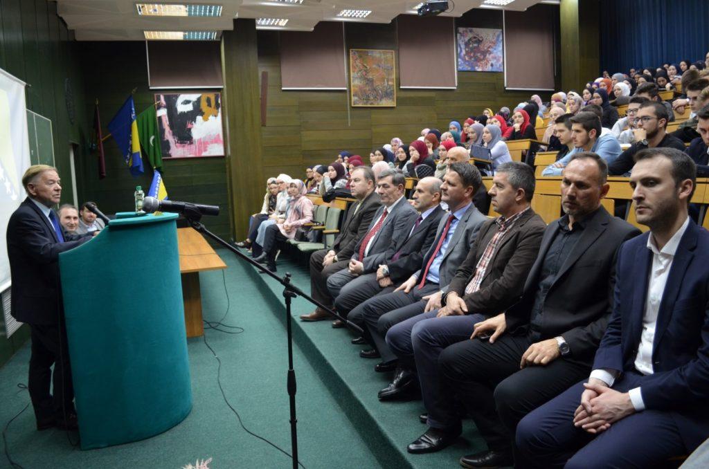 Svečanom akademijom u Gazi Husrev-begovoj medresi obilježen 25. novembar – Dan državnosti Bosne i Hercegovine