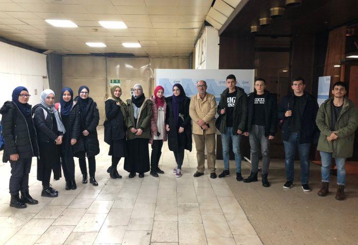 Učenici Gazi Husrev-begove medrese organizirano posjetili 31. međunarodni sajam knjiga