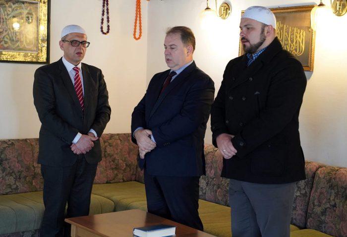 Dr. Rifet Šahinović uspješno položio hifz