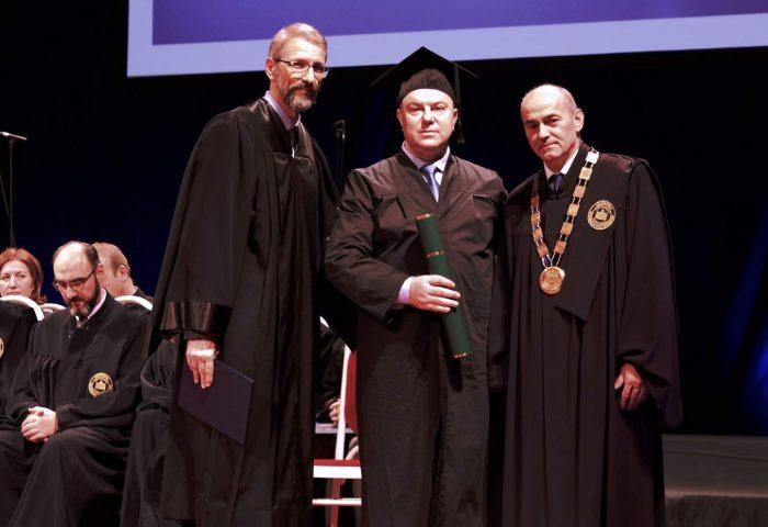 Promovisano 68 doktora nauka Univerziteta u Sarajevu