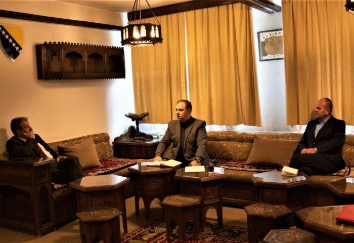 Direktor Uprave za obrazovanje i nauku Rijaseta Islamske zajednice u Bosni i Hercegovini prof. dr. Dževad Hodžić posjetio Gazi Husrev-begovu medresu